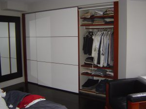 Large Sliding Door Closet 300